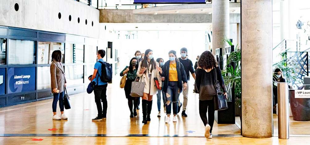 Défi de la rentrée : 700 étudiants engagés dans le numérique raisonné