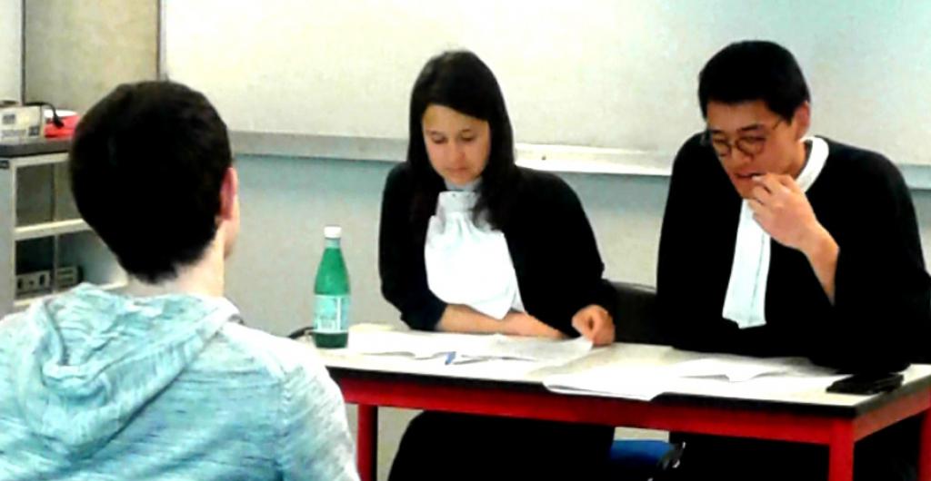 Innovation pédagogique : les étudiants simulent un procès