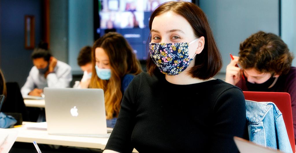 Cours à distance : Grenoble Ecole de Management met la technique de ses salles GEMHyflex à la libre disposition de tous