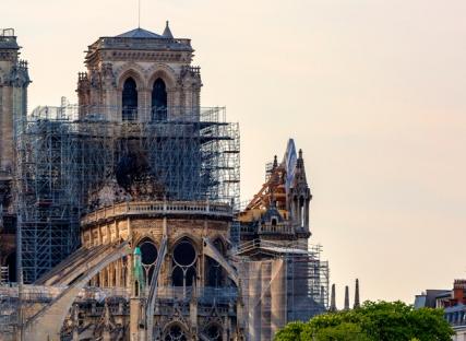 Notre-Dame de Paris : « Une ruine peut être considérée comme un monument